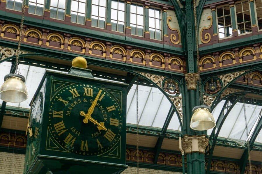 Marks & Spencer clock, Leeds.